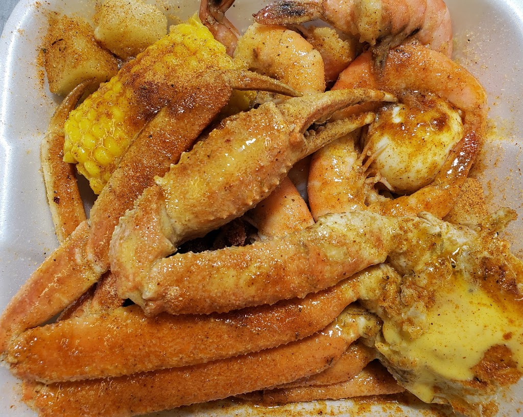 Best Seafood Place - restaurant  | Photo 7 of 10 | Address: 2122 W Colonial Dr, Orlando, FL 32804, USA | Phone: (407) 425-9292