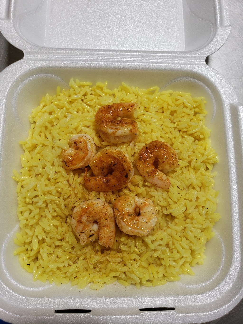 Best Seafood Place - restaurant  | Photo 8 of 10 | Address: 2122 W Colonial Dr, Orlando, FL 32804, USA | Phone: (407) 425-9292