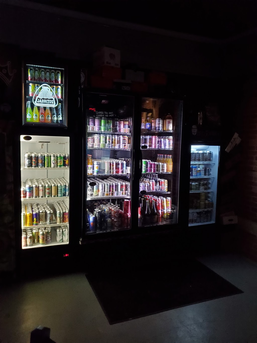The Commission Beer Chamber - bar    Photo 5 of 10   Address: 2230 Curry Ford Rd, Orlando, FL 32806, USA   Phone: (407) 271-4028