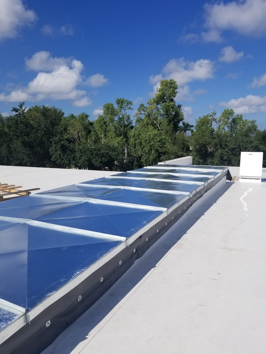 Air Duct Systems, Inc. - general contractor  | Photo 7 of 7 | Address: 2106 W Central Blvd, Orlando, FL 32805, USA | Phone: (407) 839-3313