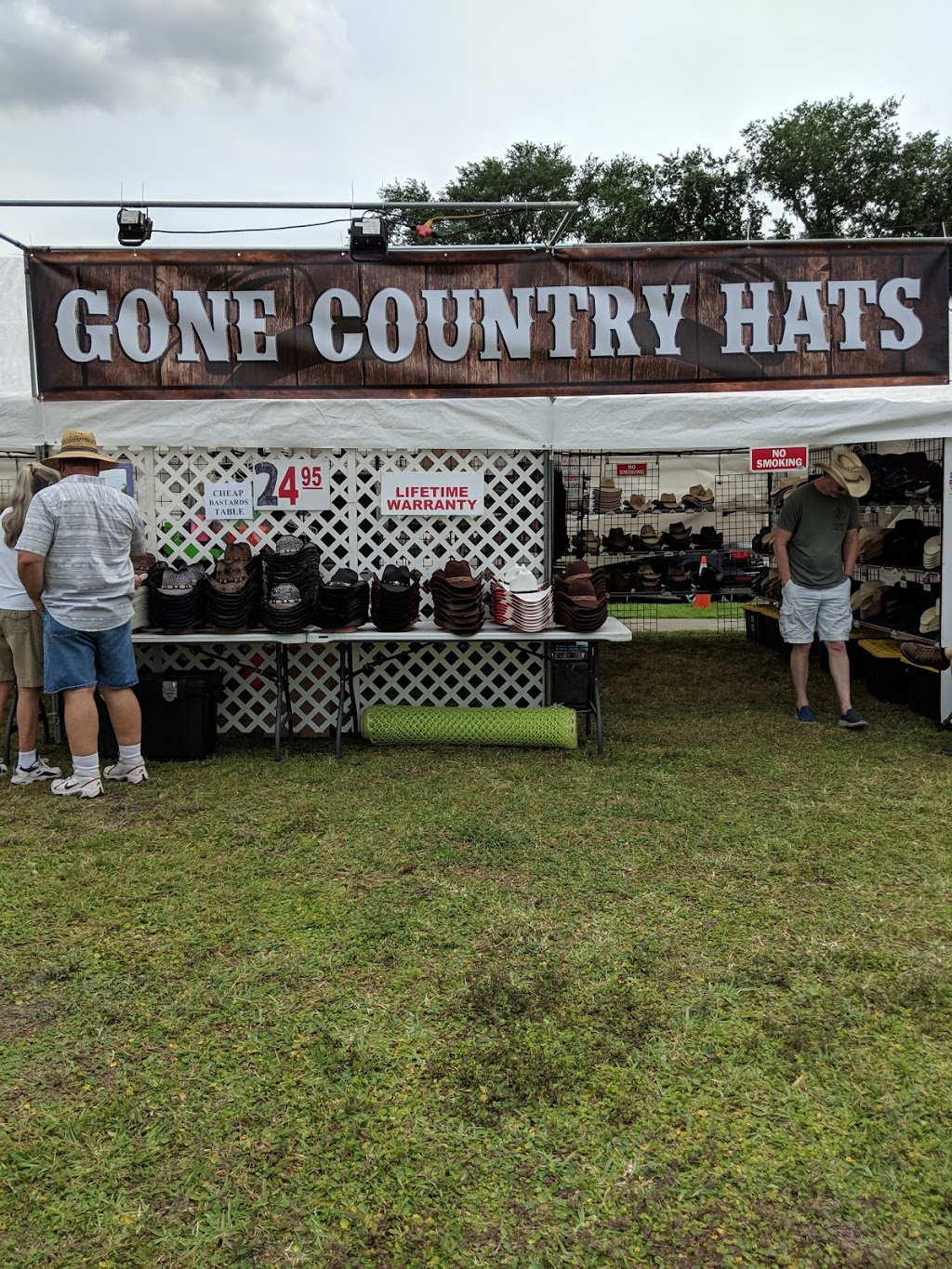 Gone Country Hats - point of interest    Photo 1 of 10   Address: 275 N Texas Ave, Orlando, FL 32805, USA   Phone: (407) 616-4981