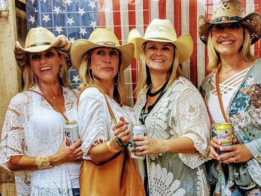 Gone Country Hats - point of interest    Photo 9 of 10   Address: 275 N Texas Ave, Orlando, FL 32805, USA   Phone: (407) 616-4981