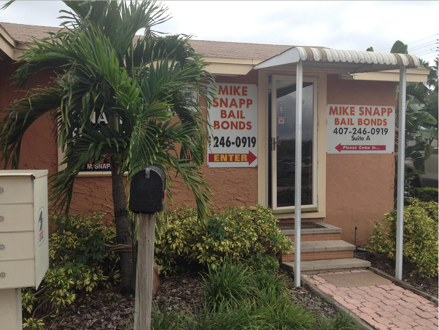 Mike Snapp Bail Bonds - point of interest  | Photo 6 of 7 | Address: 3910 S John Young Pkwy Ste A, Orlando, FL 32839, USA | Phone: (407) 246-0919
