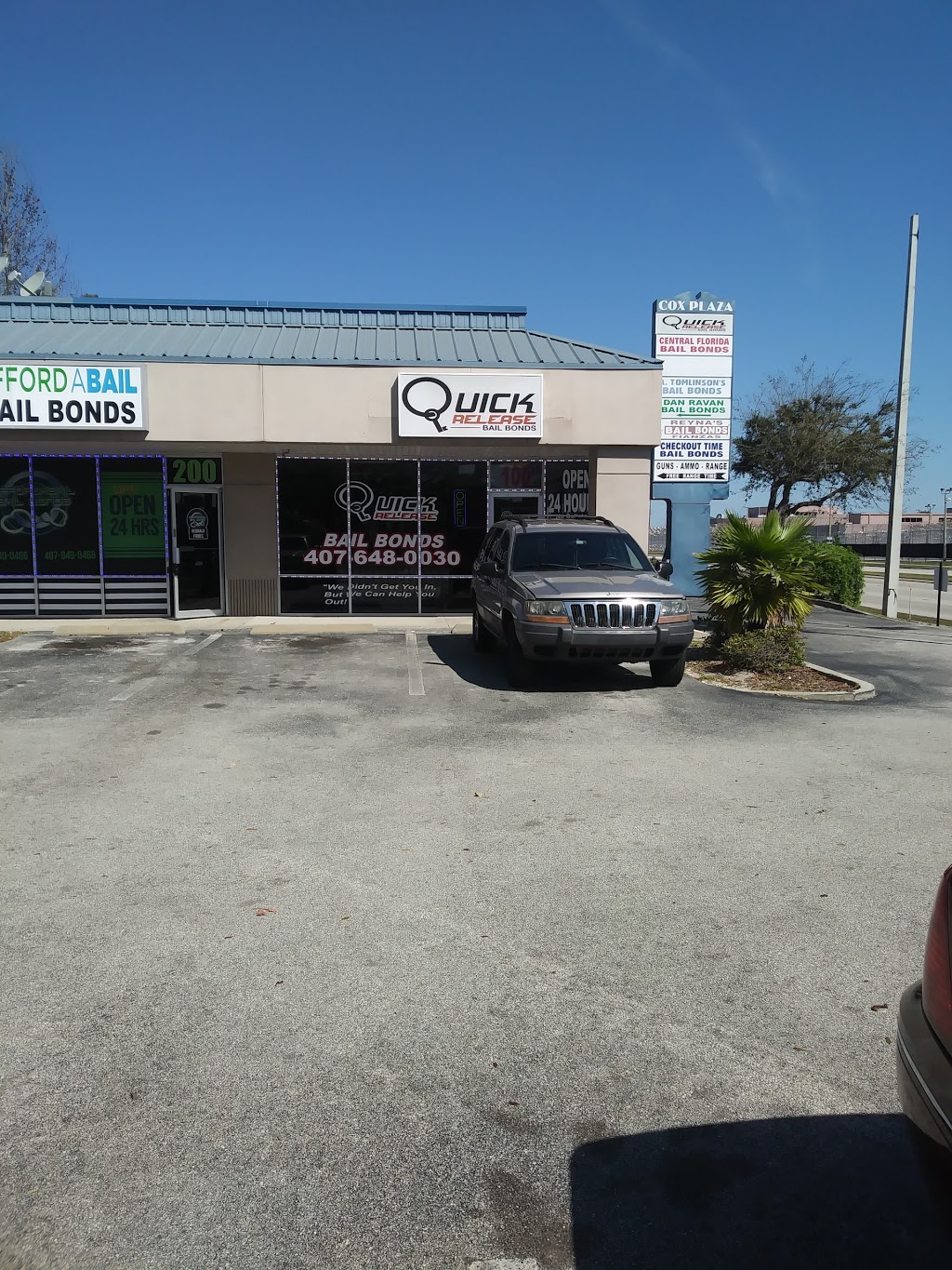 Quick Release Bail Bonds™ - point of interest    Photo 5 of 7   Address: 2911 39th St #100, Orlando, FL 32839, USA   Phone: (407) 648-0030