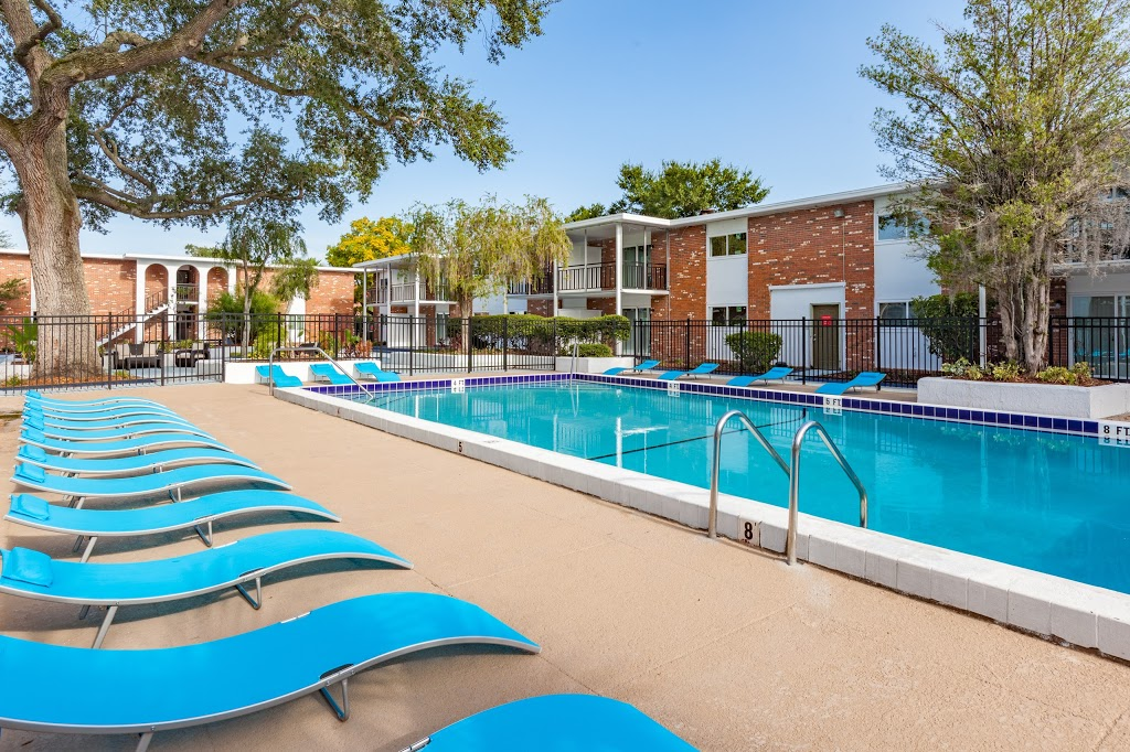Key Suites Hotel and Extended Stay - lodging    Photo 3 of 10   Address: 4855 Orange Blossom Trail, Orlando, FL 32839, USA   Phone: (407) 851-3000
