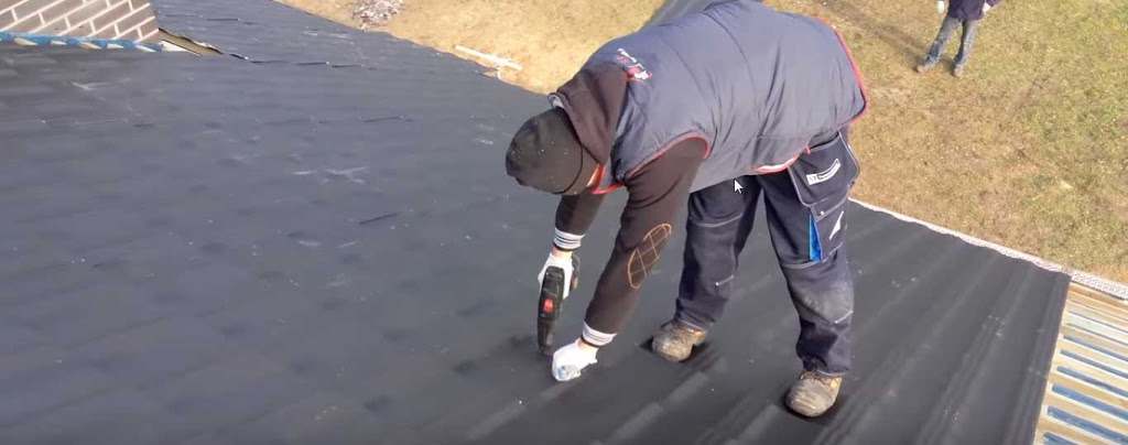 Orlando Roofing Company - roofing contractor    Photo 5 of 10   Address: 2200 E Concord St, Orlando, FL 32803, USA   Phone: (407) 289-0116