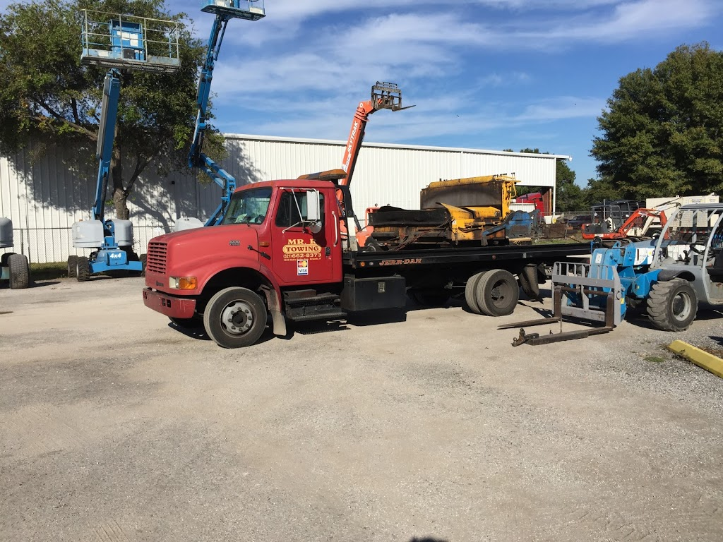 MR R Towing inc - point of interest    Photo 2 of 2   Address: 90 Barlow Ave #2125, Orlando, FL 32805, USA   Phone: (321) 662-8373